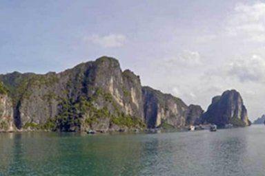 Croisière dans la baie d'Halong