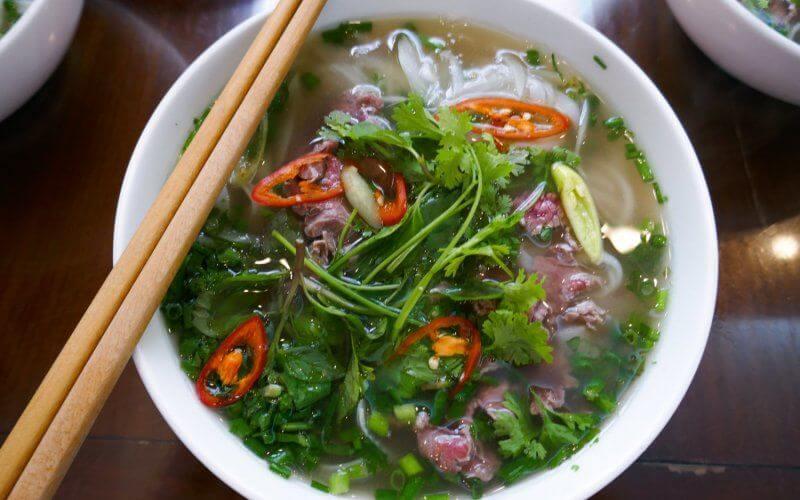 Que mange t on au petit d jeuner au vietnam 360 degr s for Koi zot i mange zordi
