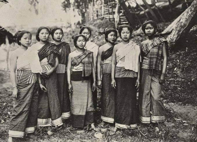 sinh laos voyage vêtement