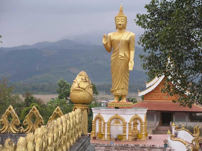 Statue Bouddha Oudomxay Laos