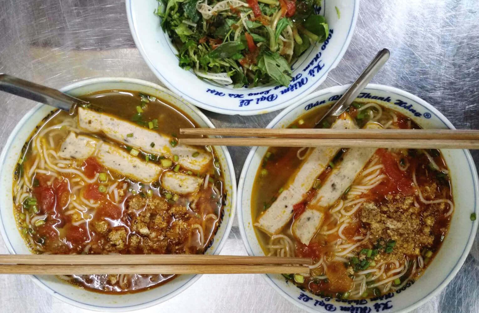 Recette bun rieu cua soupe vietnamienne aux crabes amica travel