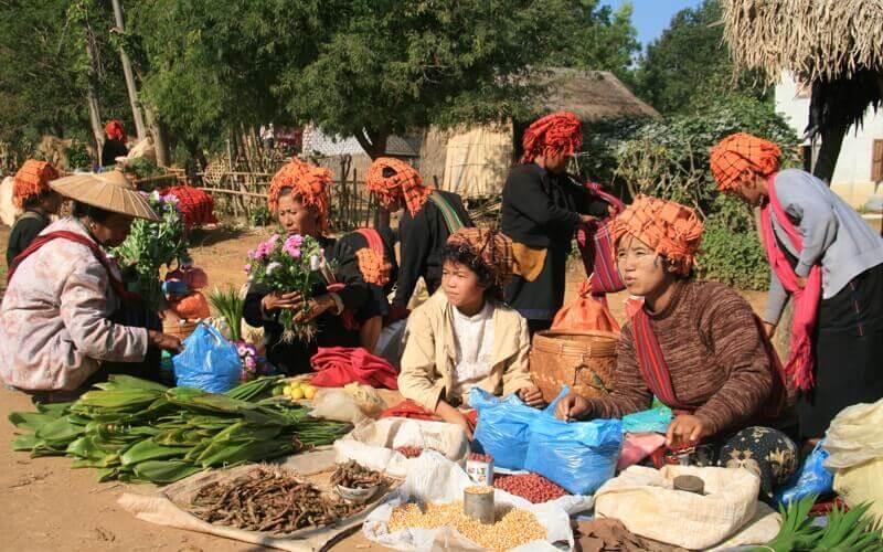 Un marché quotidien à Kalaw - Amica Travel