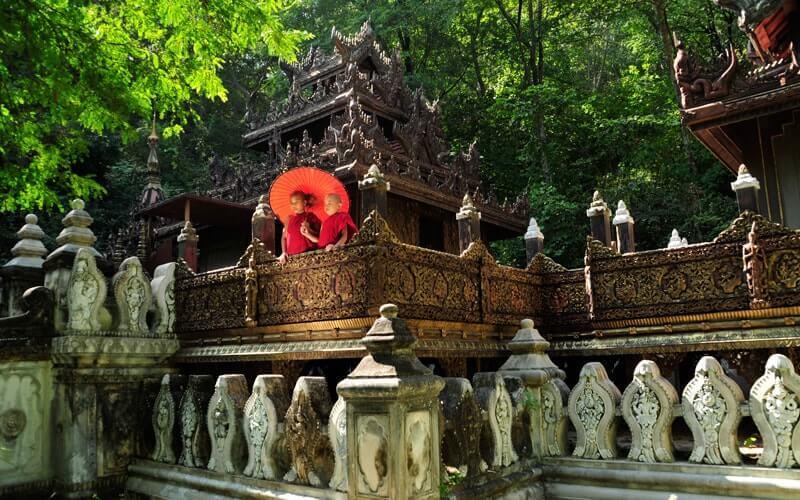Voyage dans le temps en Birmanie - Amica Travel