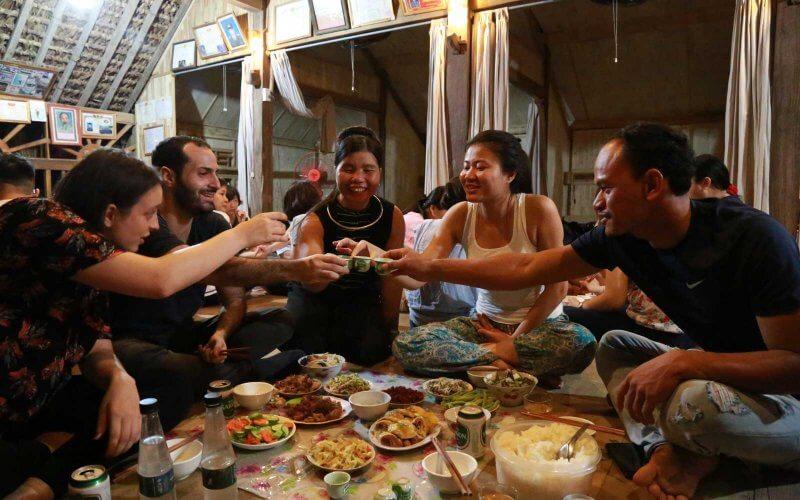 repas chez l'habitant ha giang nord vietnam
