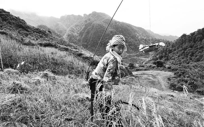 femme hmong blanc