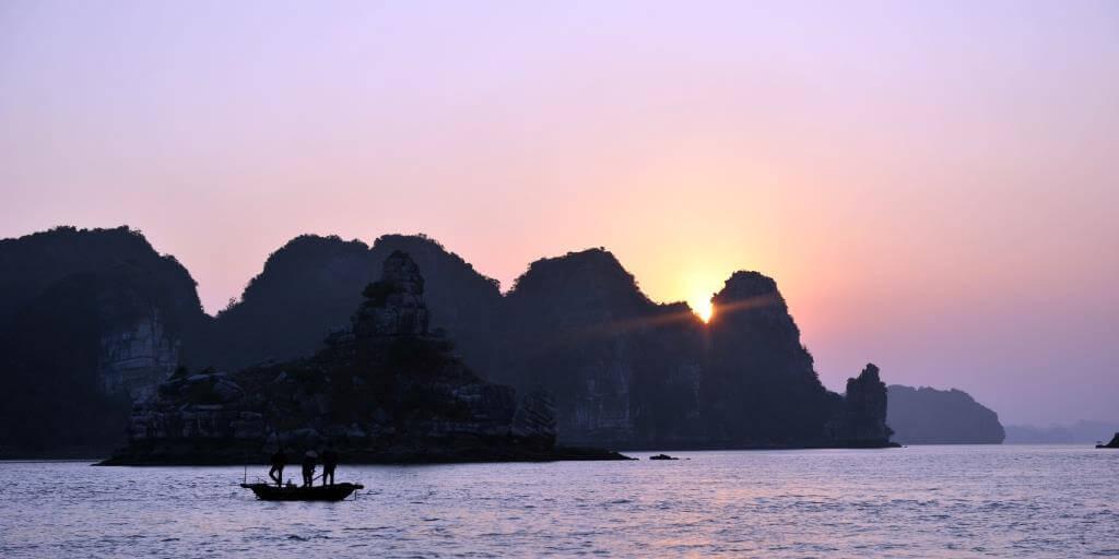 toponymie baie halong vietnam