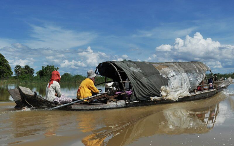 vie aquatique tonle sap cambodge